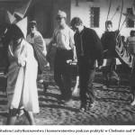 lata 60 Studenci zabytkoznawstwa i konserwatorstwa podczas praktyki w Chełmnie nad Wisłą